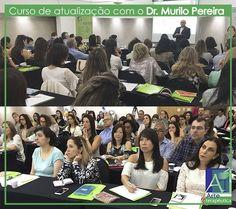 Dr. Murilo Pereira (@mvpnutricao) ministrando o curso de saúde intestinal com todo seu conhecimento e experiência na área da saúde.