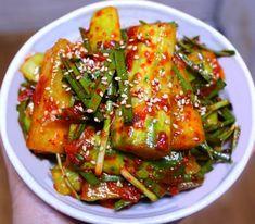 새내기 주부님들도 쉽게 남편에게 칭찬받는 오이 김치 만드는방법 Asian Recipes, Healthy Recipes, Ethnic Recipes, K Food, Kimchi, Korean Food, Green Beans, Side Dishes, Clean Eating