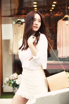 f(x) - Krystal Krystal Fx, Jessica & Krystal, Jessica Jung, Kpop Fashion Outfits, Girl Fashion, Girl Celebrities, Celebs, Krystal Jung Fashion, Uzzlang Girl
