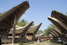 Traditional Toraja House - Vernacular architecture - Wikipedia