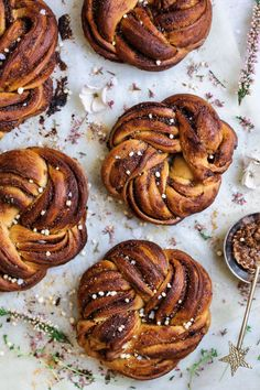 Hello beauty Cinnamon Braid Buns! Just take a look at these STUNNERS! (Also known as Estonian Kringle bread - mini ones). They are dressed to impress, am