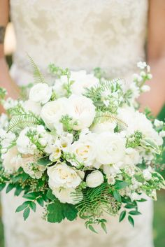 White loveliness: http://www.stylemepretty.com/2015/03/20/intimate-tent-wedding-at-welkinweir-estate/ | Photography: Rachel Pearlman - http://www.rachelpearlmanphotography.com/