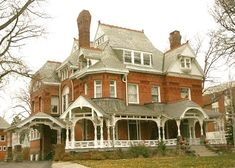 Mansion View Inn - The historic Reynolds/Secor residence in Toledo's Old West End