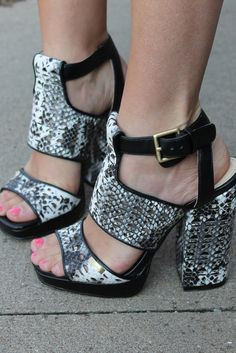 [INSERT DESIGNER NAME HERE] My heart stopped beating for about .5 seconds on this angelic shoe.