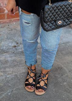 Her Lovely Style: Breaking in the Boyfriend Jeans