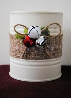 small art and craft ideas Christmas Candy, All Things Christmas, Kids Christmas, Christmas Wreaths, Christmas Ornaments, Country Christmas Decorations, Rustic Christmas, Xmas Decorations, Tin Can Crafts