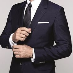 Tailored Tuesday Inspiration Follow @ryanstylesnyc @ryanstylesnyc for more fashion content.