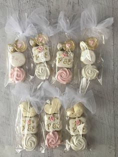 Find some good ideas for bridal shower cookies and wedding cookies to use for your wedding. Cookie Wedding Favors, Wedding Gifts, Wedding Shower Cookies, Cookie Favors, Wedding Ideas, Bridal Shower Decorations, Bridal Shower Favors, Unique Bridal Shower, Creative