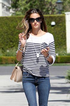 Alessandra Ambrosio - plain chic
