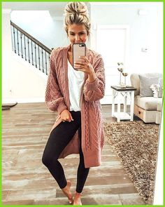 45 Most Popular Casual Outfit Ideas for Women This Year rosa Strickjacke Outfit The post 45 beliebtesten Casual Outfit-Ideen für Frauen in diesem Jahr & outfit appeared first on Fall outfits . Winter Outfits For Teen Girls, Casual Winter Outfits, Casual Fall Outfits, Outfit Winter, Autumn Casual, Winter Wear, Comfortable Winter Outfits, Summer Winter, Comfy Fall Clothes