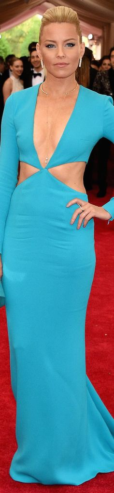 Elizabeth Banks in Michael Kors