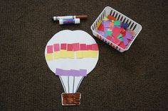 Hot air balloons for our Science lesson today. Diy For Kids, Crafts For Kids, Arts And Crafts, Fun Activities For Kids, Art Activities, Preschool Graduation, Graduation Ideas, Balloon Crafts, Transportation Theme
