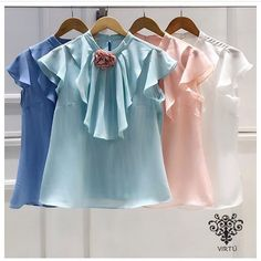 Casual Tops, Casual Chic, African Lace Styles, Basic Tops, Mom Outfits, Blouse Styles, Western Wear, Cute Tops, Fashion Boutique