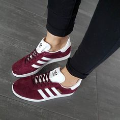 Sneakers women - Adidas Gazelle (©ju.st.style) ADIDAS Women's Shoes - http://amzn.to/2jVJl2y