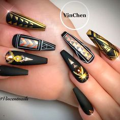 There are many reasons why acrylic nail designs are trending, but we care little about that. What we care the most is to supply you with the freshest ideas! #nails #nailart #naildesign #acrylicnails