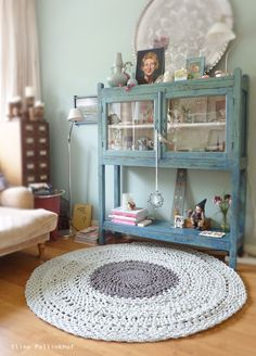 chrochet rug  Haha this would take me my whole life to make but it's cool!