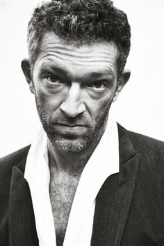 Vincent Cassel by Carlotta Manaigo, Drawing The Human Head, Face Drawing Reference, Vincent Cassel, Simple Portrait, Actor Studio, Curly Hair Men, Face Expressions, Black And White Portraits, Book Images