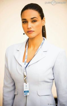 panorama:   Debora Nascimento interpreta uma linda Secretari...