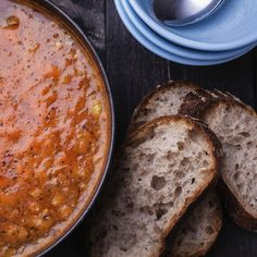 Lovely Lentil Soup: Make a batch of this hormone-balancing soup from Dr. Natasha Turner for dinner. Soup Recipes, Diet Recipes, Cooking Recipes, Healthy Recipes, Healthy Soups, Vegetarian Recipes, Onigirazu, Vegan Lentil Soup, French Lentils