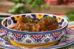 Cola De Res Al Mole (Oxtail Stew) - Hispanic Kitchen