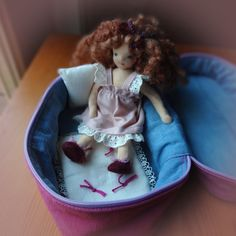 Bendy doll playset, dollhouse doll, posable Waldorf style doll, with wardrobe, carry bag Soft Hair, Carry Bag, Dollhouse Dolls, How To Make Bed, Wool Sweaters, Super Cute, Pink, Handmade, Bags