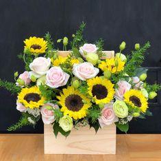 Floral Wreath, Wreaths, Flowers, Decor, Floral Arrangements, Floral Crown, Decoration, Door Wreaths, Deco Mesh Wreaths