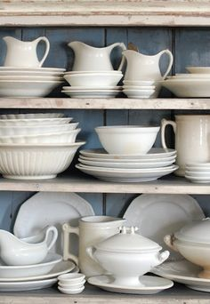 white life ©: (Old) white dishes are much too beautiful for 'only' collecting ... I love the daily use!