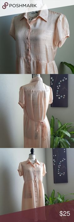 Cute MSK peach baby doll collared dress Loose, comfy, lightweight. Classic 90s baby staple. Another one to pair with your old Doc Martens, babe. Peach, pearl buttons, shirt collar dress with adjustable tie back for a flattering shilloette. EUC Length is 35 inches, bust is 21 inches. All measurements are lay flat and approximate. MSK Dresses