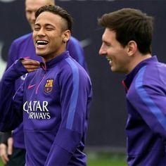 neymar and messi Barcelona Football, Fc Barcelona, Messi 10, Lionel Messi, Neymar Jr, You Are Amazing, Soccer Players, Leo, Windbreaker