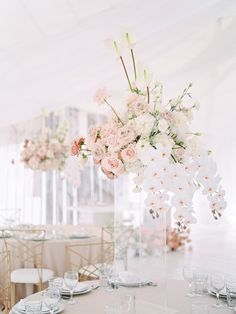 Best Free 39 Ideas For Wedding Decoracion Flowers Table Floral Arrangements Tips Among probably the most wonderful and elegant types of plants, we cautiously selected the correspond Wedding Table Flowers, Wedding Table Centerpieces, Wedding Table Settings, Floral Wedding, Wedding Bouquets, Wedding Decorations, Decor Wedding, Orchid Wedding Theme, Vintage Centerpieces