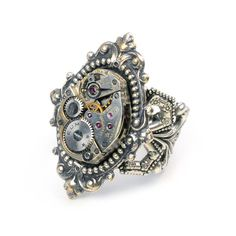 Gorgeous steam punk ring. I own this one and I like it a lot!