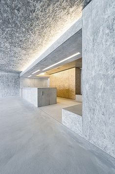 Image 10 of 36 from gallery of Stone H / Gus Wüstemann Architects. Photograph by homegate