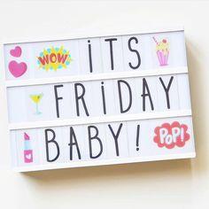 ¡Viernes! . . Y que mejor que celebrarlo personalizando las #lightbox de @alittlelovelycompany que tenemos en la tienda, con los set de… Cinema Box, Cinema Sign, Light Up Message Board, Light Board, Lead Boxes, Boxing Quotes, What Day Is It, Heidi Swapp, Work Quotes