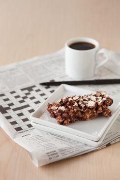 Epicure's Silicone Steamer Peanut Butter & Chocolate Popcorn Bars R65, Chocolate Popcorn, Chocolate Peanut Butter, Gluten Free Snacks, Gluten Free Recipes, Epicure Steamer, Good Food, Yummy Food, Yummy Eats