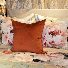 Bed Styling, Vancouver, Throw Pillows, Home, Style, Swag, Toss Pillows, Cushions, Ad Home