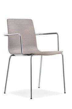 Jetzt bei Desigano.com Inga Armlehnstuhl mit Vierfußgestell Sitzmöbel, Stühle von Pedrali ab Euro 185,00 € https://www.desigano.com/stuehle/3205-inga-armlehnstuhl-mit-vierfussgestell-pedrali.html INGA Stuhl von Pedrali ist ein eleganter Armlehnstuhlin minimalistischem Design. Wählen sie das Vierfußgestell verchromt oder weiß oder schwarz pulverbeschichtet, kombinieren Sie dazu die Sitzschale in Eiche gebleicht, wengé gebeizt, schwarz oder lichtgrau gefärbt. INGA passt in viele verschiedene…
