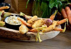 Tempurázott zöldségek és tengeri hal remuláddal