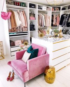 What a lovely dressing room or walk in wardrobe - Home Page Wardrobe Room, Closet Bedroom, Bedroom Decor, Glam Closet, Pink Closet, Modern Closet, Luxury Closet, Master Closet, Master Bedroom
