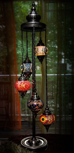 OMG!! My heart be still!! I must have this lamp!! TURKISH / MOROCCAN style mosaic glass lamp.