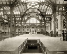 An Uptown Dandy: Lost New York - The Old Penn Station