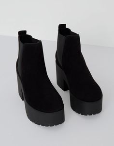 Tendance Chaussures 2017 Pull&Bear woman shoes see all black ankle boots with block high heel