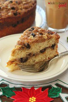 Oatmeal Raisin Cookie Coffee Cake