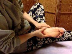 運動嫌いさん必見! リンパマッサージで手に入れる美脚の作り方  - biche(ビーチェ)