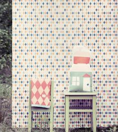 love the wallpaper & the house cushion LOVE