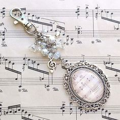 Tutorials | Vintage Music Bag Charm | Beading & Jewellery Making Tutorials