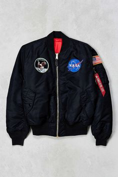 Alpha Industries NASA Bomber Jacket - Urban Outfitters Source by stylingirles Alpha Industries Nasa, Nasa Jacket, Nasa Clothes, Mode Style, Urban Outfitters, Apollo, Street Wear, Cute Outfits, Mens Fashion