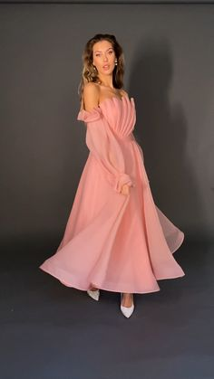 Fancy Wedding Dresses, Pretty Prom Dresses, Ball Dresses, Elegant Dresses, Beautiful Dresses, Nice Dresses, Evening Dresses, Ball Gowns, High Fashion Outfits