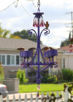 Upcycled chandelier bird feeder... Backyard Projects, Outdoor Projects, Outdoor Decor, Garden Shop, Dream Garden, Garden Whimsy, Backyard Paradise, Garden Inspiration, Garden Ideas