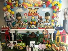 Festa linda no tema Toy Story. Bolo Toy Story, Toy Story Food, Toy Story Baby, Toy Story Theme, Toy Story Cakes, Toy Story Birthday, Happy Birthday Kids, 2nd Birthday Parties, Boy Birthday