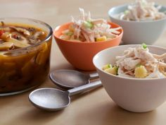 CC-ching-he-huang_fast-hot-and-sour-noodle-soup-recipe_s4x3